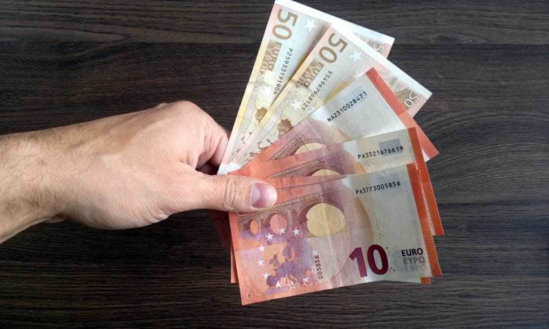 Geld in der Hand - Euro